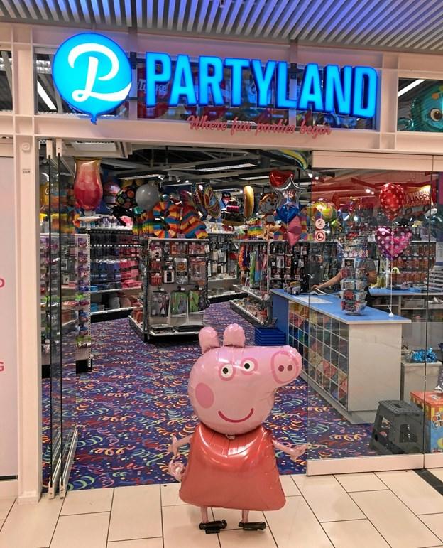 Butikken byder på alt til f.eks. fødselsdag og babyshowers samt masser af figurballoner.PR-foto