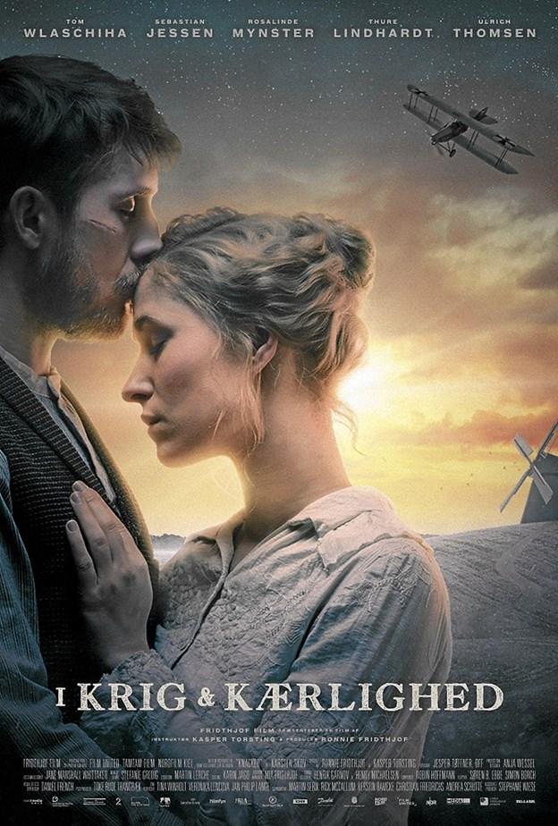 I Krig og Kærlighed er den dyreste danske film i 10 år med et budget på 42,5 mio. kroner. Plakaten fra filmen: UIP Ole Iversen