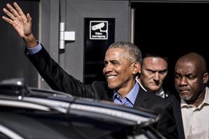 Lørdag kommer Obama: 100 vip-gæster betaler 17.500 + moms for at blive fotograferet sammen med Barack