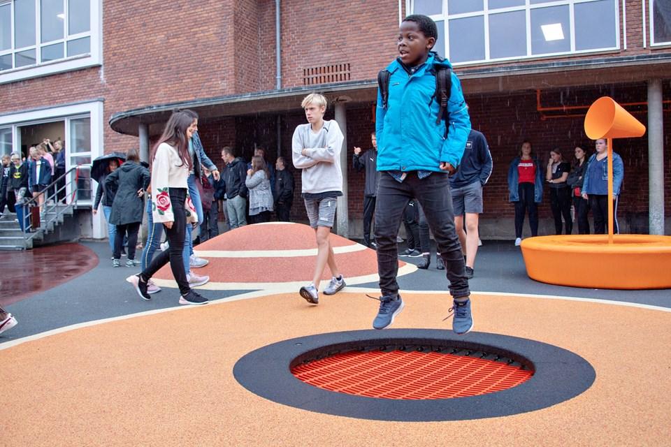 Indvielse af skolegård på Søndre Skole, HobroFoto: Kurt Bering