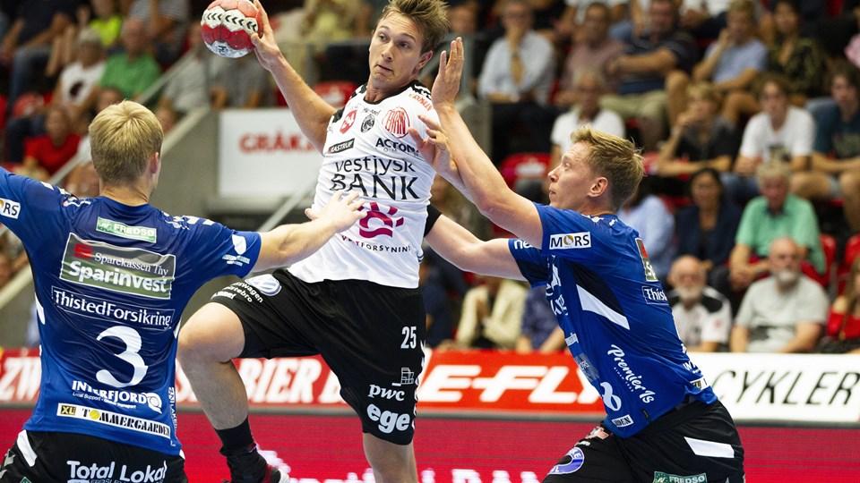 Jonas Porup og TTH Holstebro vandt hjemme sæsonåbneren i Herre Håndbold Ligaen torsdag, da Mors-Thy var på besøg.