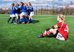 Se billederne: Rosendalpiger missede plads i skolefinale