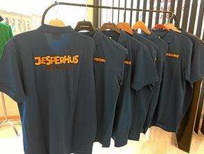 Lokale firmaer klæder Jesperhus på