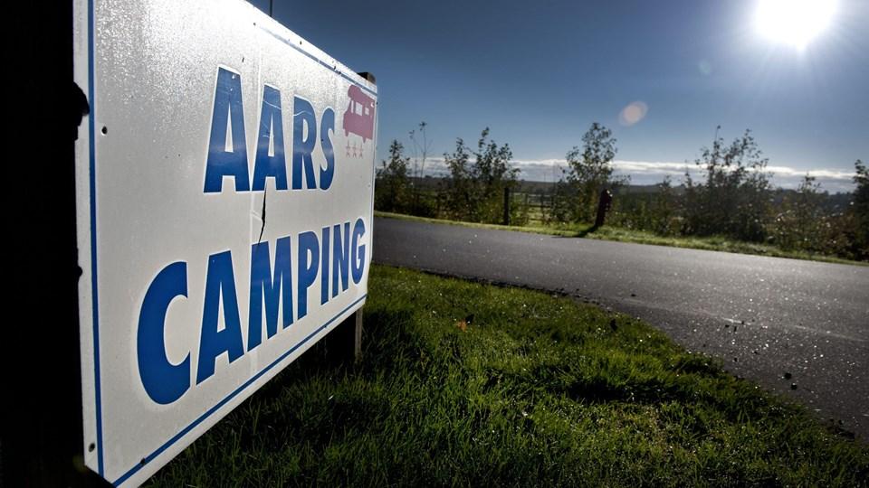 Der er ingen fremtid for Aars Camping, der bør lukkes hurtigst muligt, skriver ejendomsmægler efter at have gennemgået pladsen. Arkivfoto: Torben Hansen