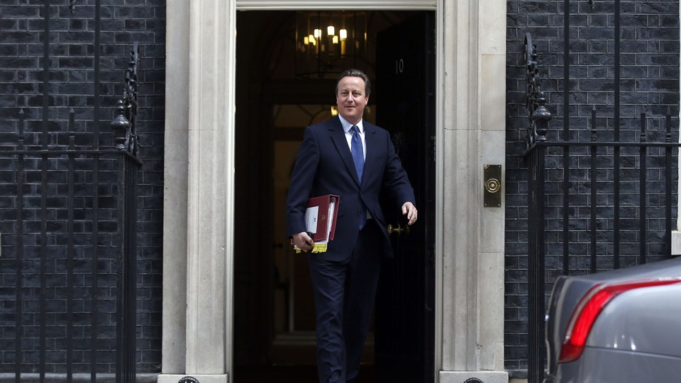 Britain's Prime Minister, David Cameron, leaves number 10 Downing Street for his last Prime Minister's Questions in the House of Commons, in central London Foto: Reuters/Peter Nicholls
