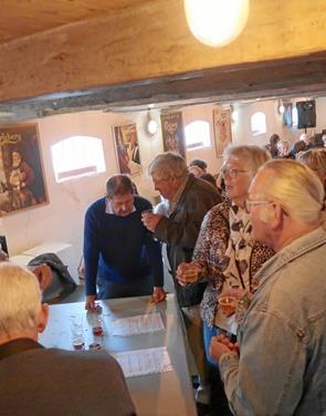 Sommer-ølfesten rykkede ind i Bryggerkælderen