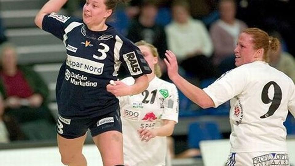 Alexandra Möller fik med fem scoringer konsolideret sin position som topscorer hos FOX, som hun nu har scoret 75 mål for i denne sæson.Foto: Peter Broen