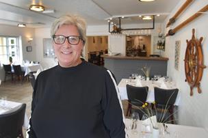 Dorte forlod landbrugsregnskaberne - Nu er hun hotelchef ved Slettestrand