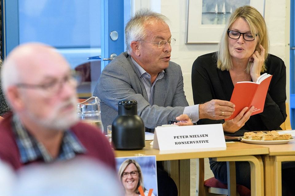 De sang samme melodi, Konservatives Peter Nielsen og borgmester Birgit Hansen (S).  Foto: Peter Broen