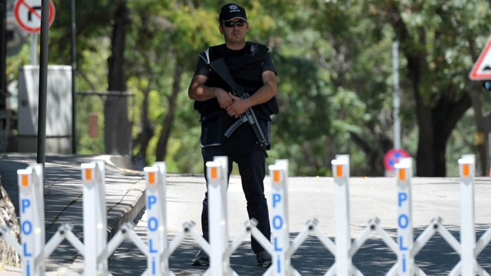 TURKEY-FRANCE-ATTACK-EMBASSY Foto: Scanpix/Adem Altan