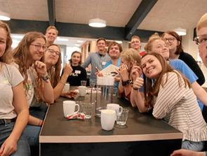 Tyske og danske unge til pinsetræf i kirken