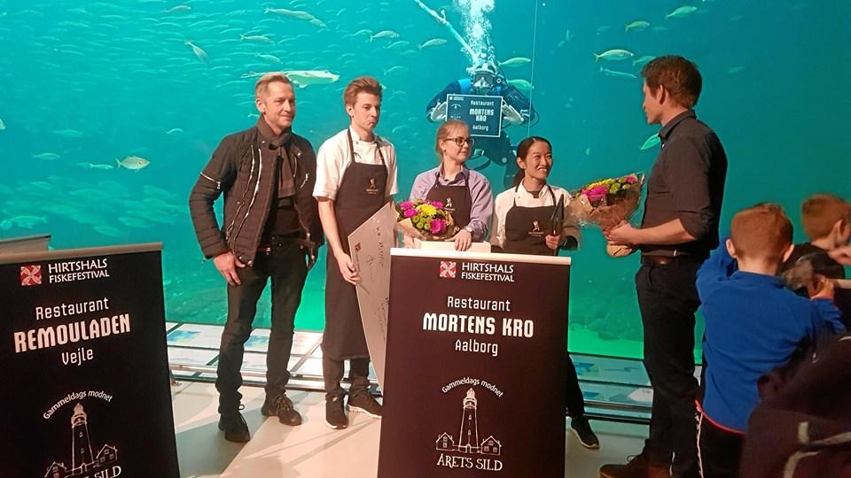 "Morten ""Kok"" Nielsen, Simon Reiche, Josefine Daugård og Maria Hartmann blev på Nordsøen Oceanarium overrakt prisen Årets Sild 2018."