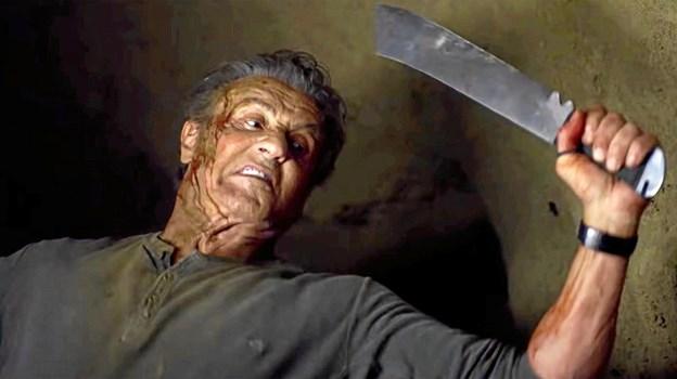 Rambo skærer med skarpt.