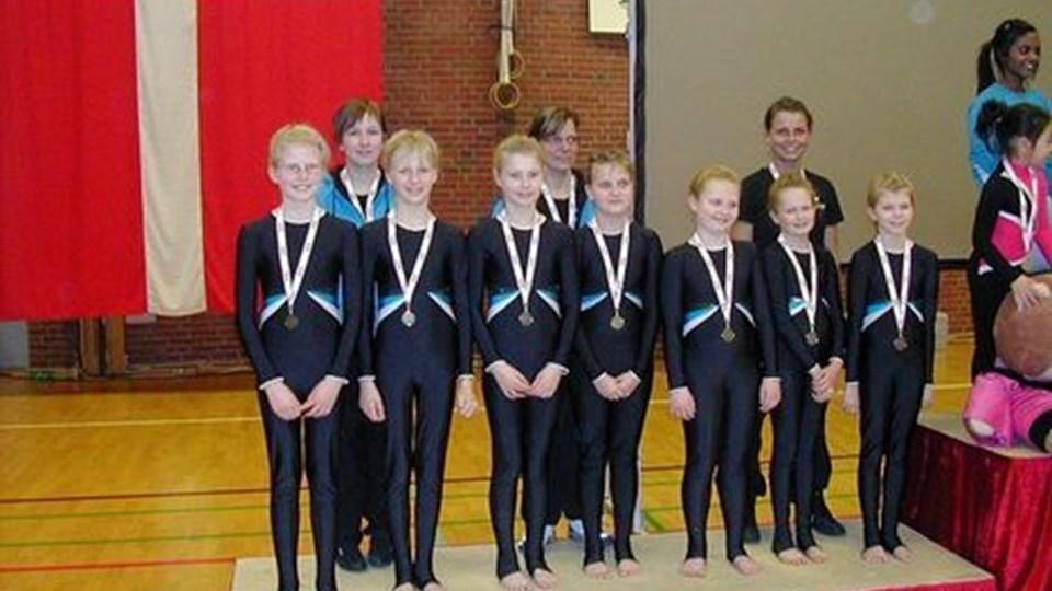 Mini A piger fra Springteam Nordjylland med deres flotte bronzemedaljer Foto: Privat