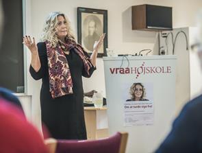 Moderne valkyrie taler i Farsø
