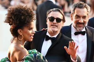 Anmeldere kalder på Oscar til Joaquin Phoenix for Joker-rolle