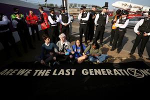 Britisk kæmpelufthavn gør klar til klimademonstration
