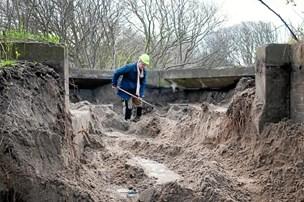 Skov i Thy rummer spor af fortiden: Se hvor tyskerne brugte natkikkert og lyskaster