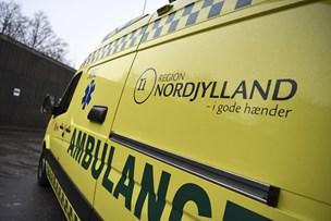 Fem unge i uheld: Ramte stengærde og træer