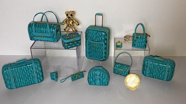 Dominique Roche, Frankrig, fremstiller franske mærkevarer i form af tasker og kufferter.