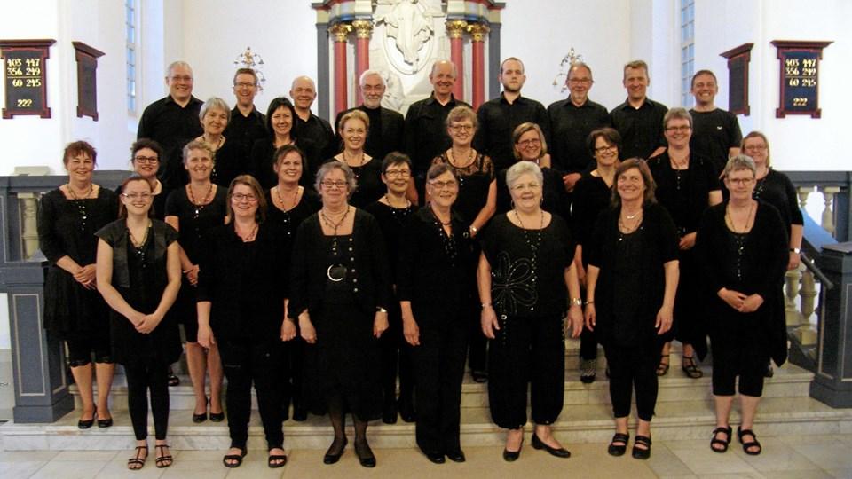 Side by Side giver lørdag klokken 15 koncert i Hedelund med Kolding Bykor. Der er gratis entre.