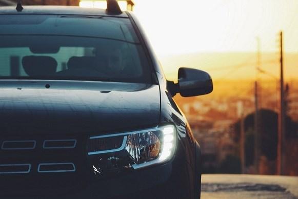 Hold drengedrømmen i live med en brugt sportsvogn