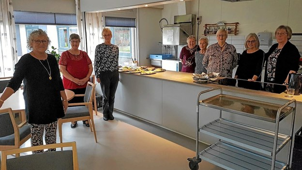 Venneforeningens medlemmer sørgede for at forberede maden og serveringen. Foto: Karl Erik Hansen Karl Erik Hansen