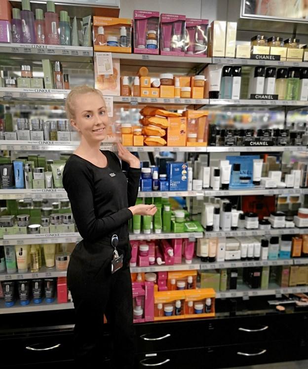 Sara Elgaard Jensen har i sin fagprøve valgt at fokusere på Ole Henriksens produkter. Privatfoto