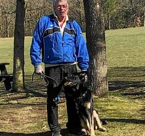 Anton klarede prøven BYENS LIV: Brovst Politihundeforening har haft endnu en hund til godkendelse