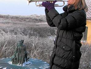 Vintersolhverv fejres ved Solhvervssøjlen