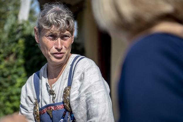 Tilbage til vikingetiden med Anne Mette: - Jeg bliver ved, til de smider mig ud