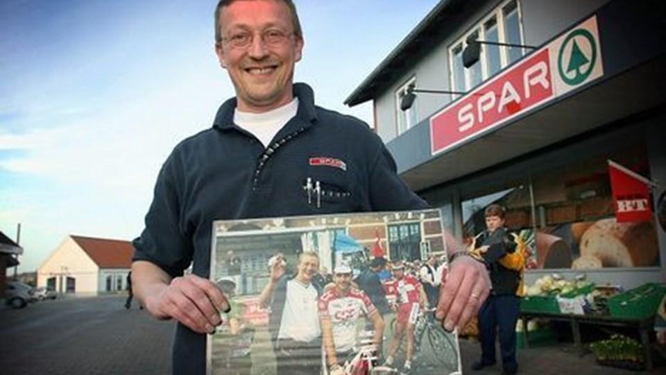 Bo Sørensen har stadig mindet hængende om sit møde med en cykelstjerne sidste gang Post Danmark Rundt begyndte i Thy. Foto: Diana Holm