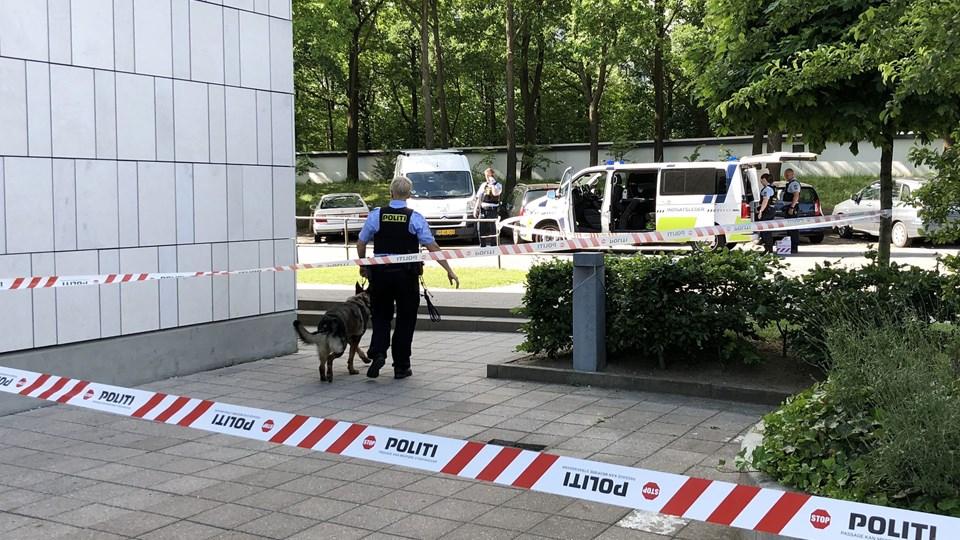 Flere skud er lørdag blevet affyret mod en gruppe mennesker i Rødovre. Foto: Mathias Øgendahl/Ritzau Scanpix