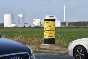 Så er den gal igen-igen: Stærekasser smadret