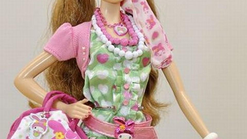 Barbidukken, der har været højeste legetøjsmode i mere end en menneskealder, sælger ikke længere så godt. Scanpix