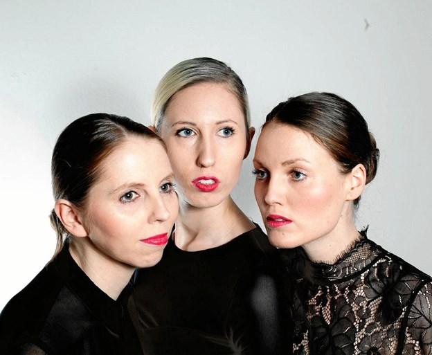 Swinging Sisters alias Signe, Karen og Inger Juhl kan 16. november opleves i den tidligere VUC-kantine på Blåkildevej i Hobro. PR-foto