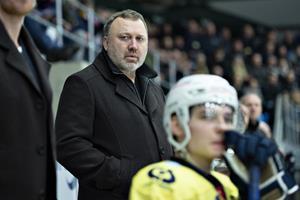 Esbjerg mangler ishockeyspillere og trækker reserveholdet