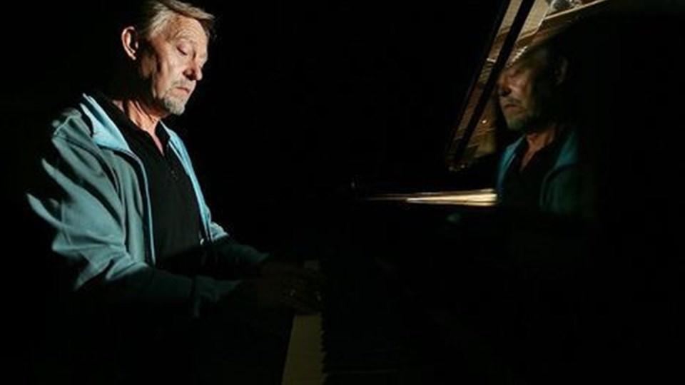 Søren Steen Nielsen kunne for nylig fejre 40 års jubilæum i musikkens tjeneste i Skørping. Nu bliver han Rebilds kulturskoleleder.FOTO: MICHAEL KOCH