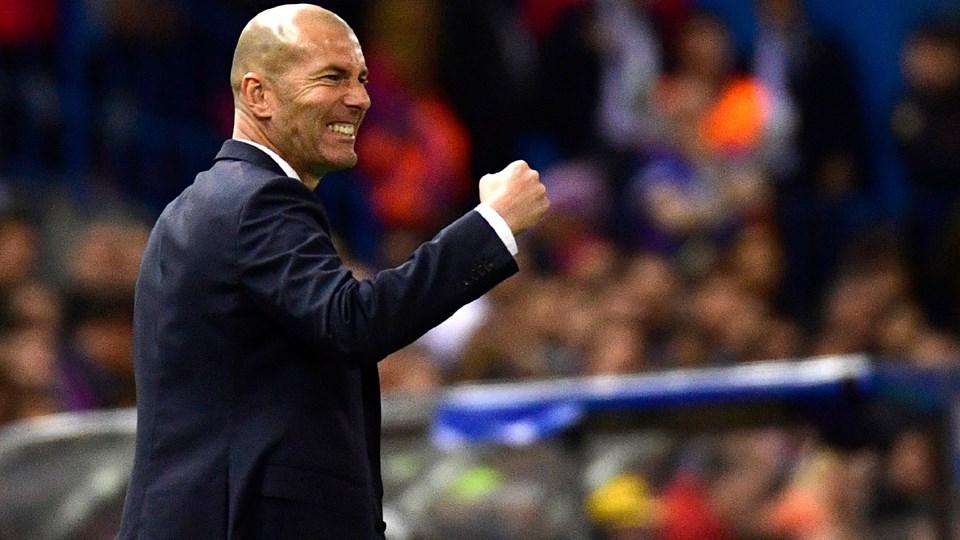 Zinedine Zidane tager en ny tørn i Real Madrid, mindre end ti måneder efter han stoppede i klubben.