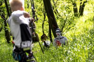 3D-forlystelse: Tag i skoven og nak en zombie