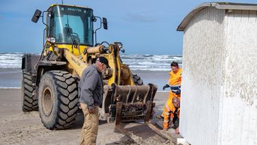 Vildt blæsevejr ødelagde badehuse: - Jeg har aldrig været udsat for noget lignende