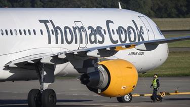 Den britiske rejsegigant Thomas Cook er gået konkurs
