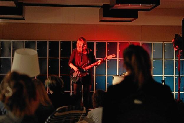 Bjarne Edelskov er ikke et øjeblik i tvivl om, at aftalen med Dansk Rock Samråd er en win-win-situation for gymnasiet og samrådet. Alle får i pose og sæk. Foto: Cecilie Abildgaard Jensen