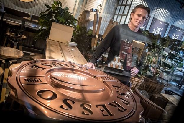 Direktøren for Espresso House i Danmark, Nickolas Krabbe Bjerg, var i Aalborg, hvor han i øvrigt stammer fra, for at følge med i de sidste forberedelser, inden åbningen.