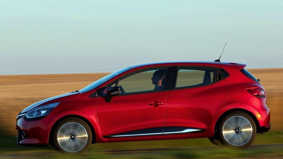 Fuld fart frem. Selv om der blev solgt lidt færre biler i juli end i samme måned sidste år, tegner 2014 fortsat til at blive et rekordår.