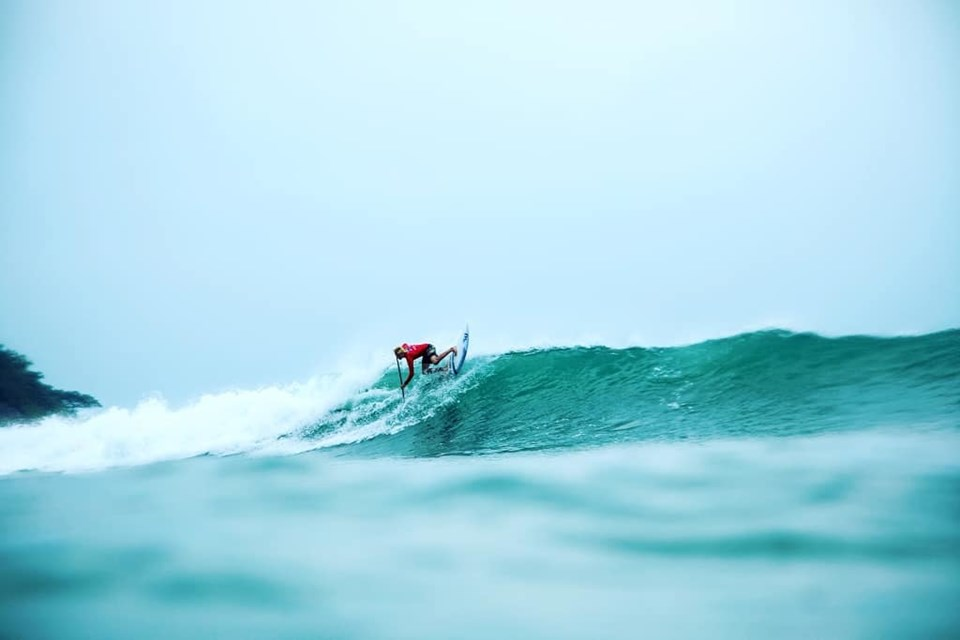 Bølgerne kan blive rigtig dramatiske. En virkelig stejl bølge kan godt give 60 km/t lige ned. Foto: Privat