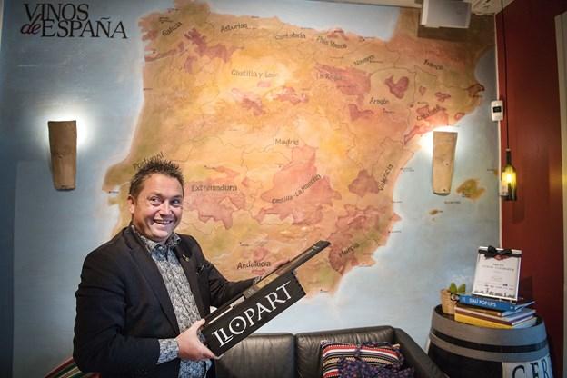 Kristian Ishøy elsker Spanien, og det ser man tydeligt i restaurantens indretning.