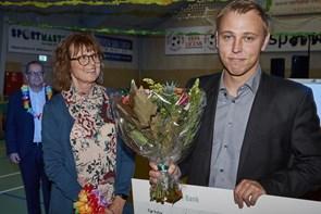 Henrik Niss Mindelegat uddelt