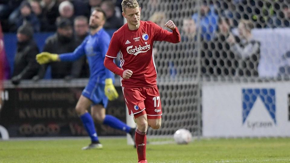 Kasper Kusk - her i FCK-trøjen - vender hjem til AaB.Arkivfoto: Henrik Bo