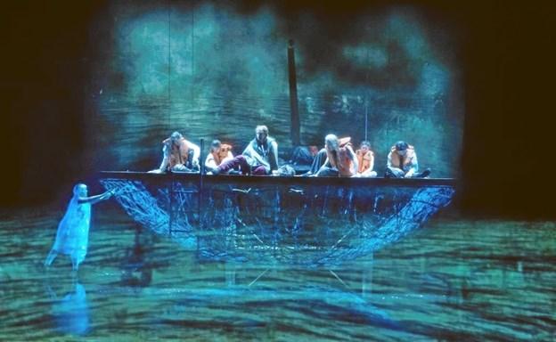 """Det Kongelige og Aarhus Teaters opsætning af """"Kongens Fald"""" kan 28. november opleves live fra Skuespilhuset i København. Foto: Det Kongelige Teater/Miklos Szabo"""